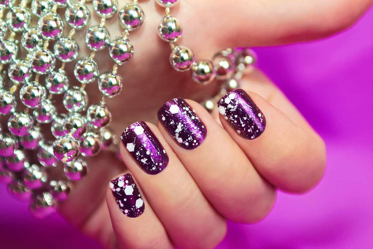 PURPLE-NAILS-FOR-POSTCARDS2